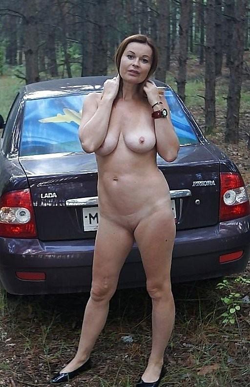 Нагие в автомобиле - подборка 001